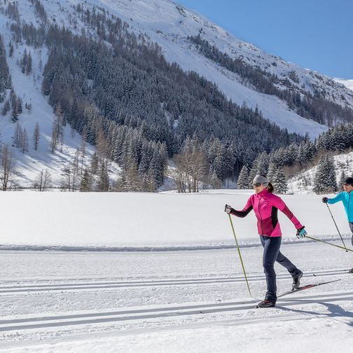 Cross-country skiing in Tux
