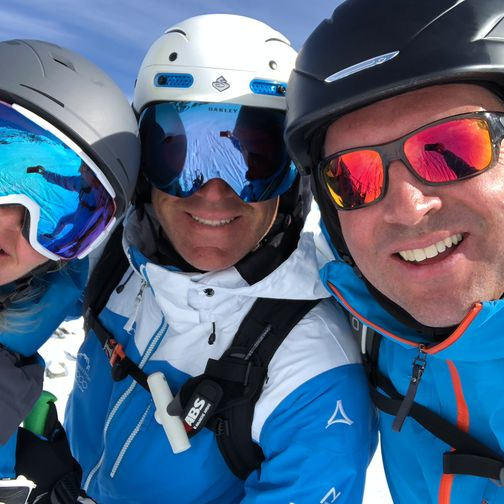 Group photo on a skiing day